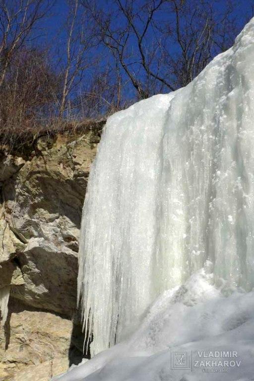 Водопад зимой 1.